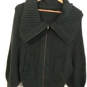 Women's moda international Sweater